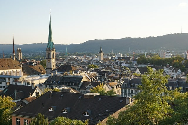 Photos of Switzerland - Happiest country on earth - Zurich - https://www.makeavisionboard.com/happiest-country-on-earth/